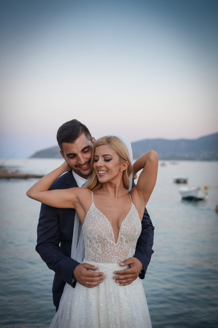 After wedding photoshooting στην ακροθαλασσιά | Nikos Tselios Photography